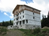 Rozestavěný hotel v Drahobratu